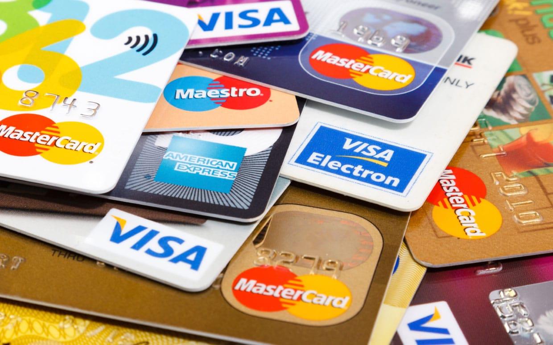 Carte Bancaire Pour Voyager.Quelle Banque Cb Choisir Pour Son Voyage Mon Carnet De